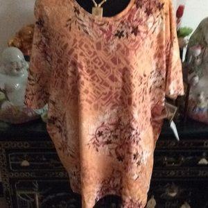 Women's  s blouse size3X NWT no tear